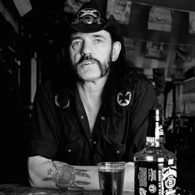 lemmy-kilmister-jack-cola