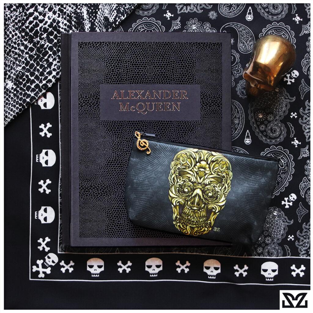Alexander Mcqueen libro con accessori Zoa Studio